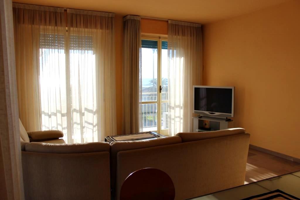 Квартира в Виареджо.