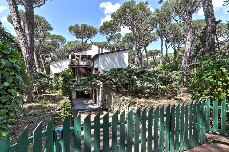 Дом на побережье Тосканы.