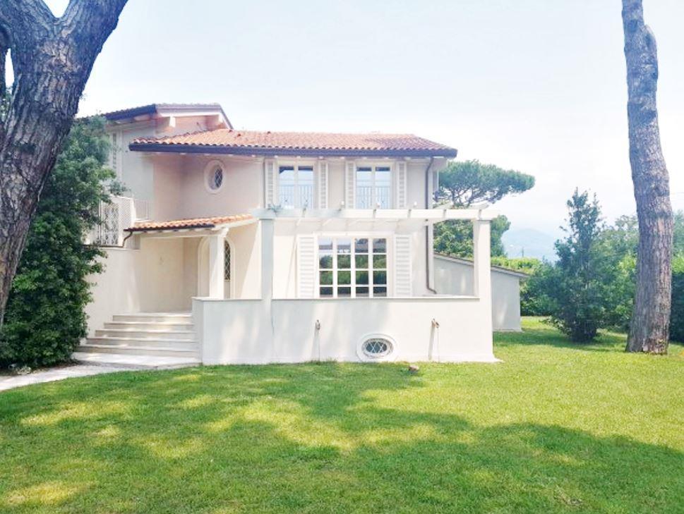 Новые дома в Марина ди Пьетрасанта